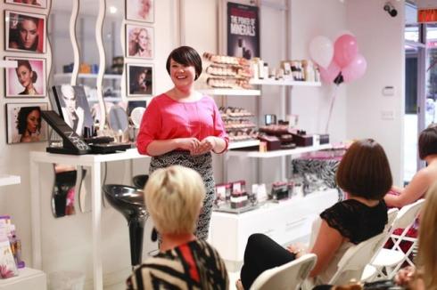 makeup class taught by Katie Kirckof