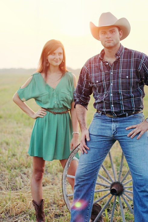 country chic engagement session photo